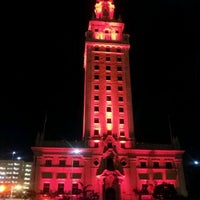 Photo taken at Miami Freedom Tower by HTEDance on 2/18/2012