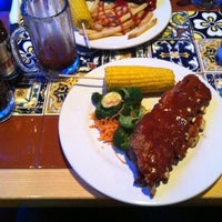 Photo taken at Chili's by Mauricio G. on 2/19/2012