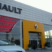 Photo taken at Karoto Renault by Caner G. on 8/9/2012