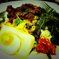 Photo taken at The Food Place by Food Junction by Edna C. on 4/3/2012