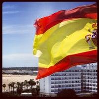 Photo taken at Playa de Valdelagrana by Aviejo00 on 7/1/2012