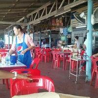 Photo taken at ลำพู 3 by Kitsada A. on 11/21/2011