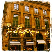 Photo taken at Hôtel de Vendôme by Dan D. on 11/29/2011