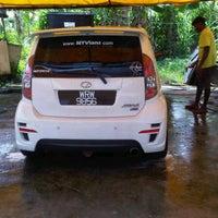 Photo taken at Serendah Car Wash by Dzedd C. on 8/6/2011