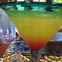 Photo taken at Chili's Grill & Bar by Rachelle A. on 5/30/2011