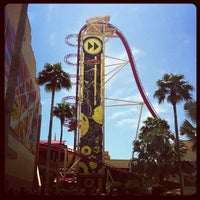 Photo taken at Hollywood Rip Ride Rockit by Patziilla K. on 10/24/2011