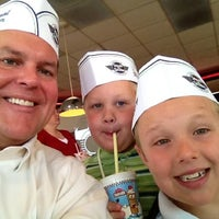 Photo taken at Steak 'n Shake by Matt M. on 4/15/2012