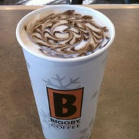 Photo taken at BIGGBY COFFEE by Jaime V. on 12/26/2011