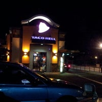 Photo taken at Taco Bell by Emmanuel R. on 8/4/2012