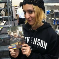Photo taken at Best Buy by Melissa B. on 11/13/2011