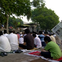 Photo taken at Masjid An-Nur SMAMDA - UMSIDA by Tricahyo S. on 8/18/2012