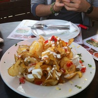 Photo taken at TGI Fridays by Marie 🍓 S. on 4/25/2012