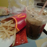 Photo taken at McDonald's by Agnes Clare E. on 7/31/2012