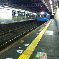 Photo taken at JR 三国ヶ丘駅 (Mikunigaoka Sta.) by しぃちゃん on 8/26/2012