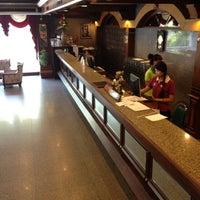 Photo taken at Caesar Palace Hotel Pattaya by Panuwat P. on 3/22/2012