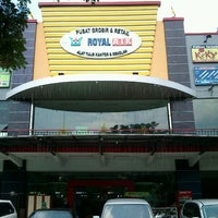 Photo taken at Royal ATK (Alat Tulis Kantor) by Yadie S. on 4/24/2012