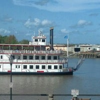 Photo taken at Fiddlers Crab House & Oyster Barn by Susan J. S. on 4/9/2013