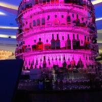 Photo taken at Bleau Bar @ Fontainebleau by Alen M. on 10/12/2012