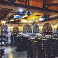 Photo taken at Wine Library by Ben 💯 B. on 12/18/2014