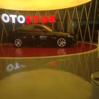 Photo taken at Karoto Renault by Hamdi on 7/22/2016