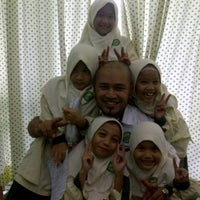 Photo taken at Greenview Islamic School Bukit Jelutong by Ali A. on 3/26/2014