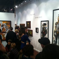 Photo taken at Varnish Fine Art by Donia on 3/3/2013