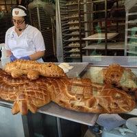 Photo taken at Boudin Bakery Café Baker's Hall by Leo G. on 4/25/2013