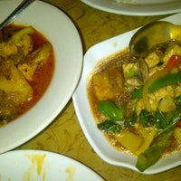 Photo taken at Rangoon Burmese Restaurant by Arthur V. on 3/10/2013