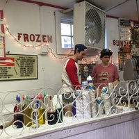 Photo taken at Hansen's Sno-Bliz by Tam G. on 4/24/2015