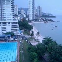 Photo taken at Hotel Sentral Seaview by Izwan A. on 6/9/2013