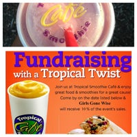 Photo taken at Tropical Smoothie Cafe by Iam M. on 8/22/2013