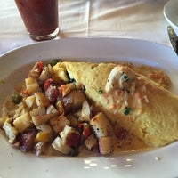 Photo taken at Nantucket Seafood Grill by Gayla Y. on 11/30/2014