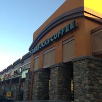 Photo taken at Starbucks by Yxes 💋🌻💃🏽 ☕. on 1/12/2013