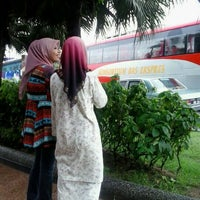 Photo taken at Hentian Bas Sri Putri by Mohd F. on 12/14/2012