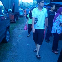Photo taken at Pasar Malam by ahmad s. on 1/26/2013