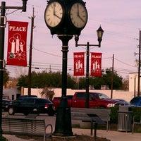 Das Foto wurde bei City Of Tomball Municipal Building von Amanda D. am 1/17/2012 aufgenommen