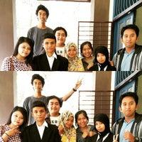 Photo taken at Fakultas Teknologi Informasi dan Komunikasi Universitas Mulawarman by Baguz A. on 2/6/2015
