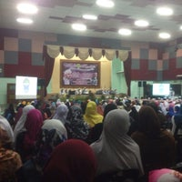 Photo taken at Dewan Jubli Perak by Syuhada A. on 12/24/2015