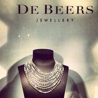 Photo taken at De Beers Diamond Jewelers by Alper H. on 11/22/2013