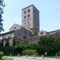 Photo taken at The Cloisters by Steven R. on 6/22/2013