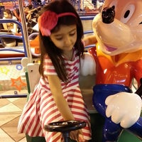 Photo taken at Toy Town by Waleed A. on 3/21/2014