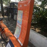 Photo taken at BikeRio - Estação 04 by Hugo C. on 8/31/2016