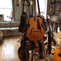 Photo taken at Randolin Music Store and Guitar Repair by Nowa C. on 4/3/2014