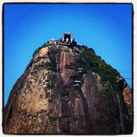 Photo taken at Mirante do Pão de Açúcar by Thiago R. on 10/27/2012