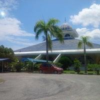 Photo taken at Masjid Qariah Teluk Kemang by Noor Y. on 8/15/2014