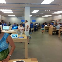 Photo taken at Apple Store, The Westchester by Mansaf O. on 7/6/2013