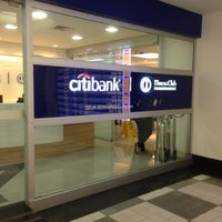 Photo taken at Sala VIP Citibank Diners by Renato R. on 5/13/2013