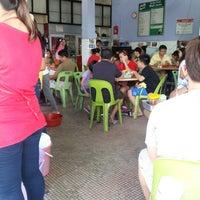 Photo taken at Kedai Kopi Wah Juan by Michy F. on 11/17/2012
