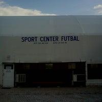 Photo taken at Sport Center Futbal (Balon) by Branchez ®. on 4/18/2013