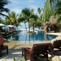 Photo taken at Muang Samui Vilas & Suites, Choegmon Beach by Lema C. on 2/21/2014